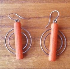 Aarikka Finland  Earrings Vintage Orange Yellow Wood  Metal Circles Dangle #Aarikka Orange Yellow, Wood And Metal, Vintage Earrings, Silver Color, Finland, Light Colors, Circles, Dangle Earrings, Dangles