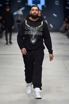 Marcelo Burlon County of Milan Fall 2015 Menswear Fashion Show