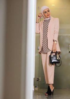 Hijab Fashion More - lawyer fashion Modern Hijab Fashion, Islamic Fashion, Muslim Fashion, Work Fashion, Modest Fashion, Unique Fashion, Fashion Outfits, Fashion Fashion, Trendy Fashion