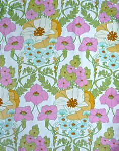 VINTAGE-RETRO-FAB-FUNKY-FLOWER-SCREEN-PRINT-COTTON-FABRIC-1960S-70S-CAMPERVAN