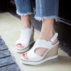 Heels: approx 9 cm Platform: approx 2.5 cm Color: Pink, Black, White, Sliver Size: US 3, 4, 5, 6, 7, 8, 9, 10, 11, 12 (All Measurement In Cm And Please Note 1cm=0.39inch) Note:Use Size Us 5 As Measure