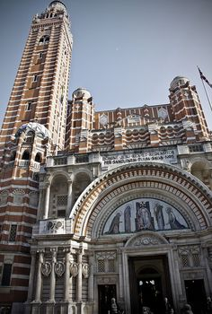 Westminster Cathedral - London Cathedral School, Cathedral Church, Westminster Cathedral, Westminster Abbey, Beautiful Buildings, Beautiful Places, London Skyline, English Heritage, England And Scotland