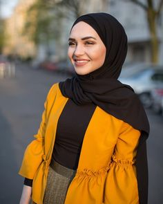 Image may contain: 1 person, standing and outdoor Stylish Hijab, Modest Fashion Hijab, Hijab Chic, Abaya Fashion, Muslim Fashion, Ootd Fashion, Fashion Dresses, Iranian Women Fashion, Outfit Look