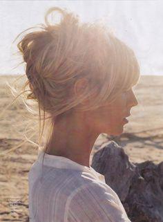 Heidi Klum Blonde updo, bangs / fringe