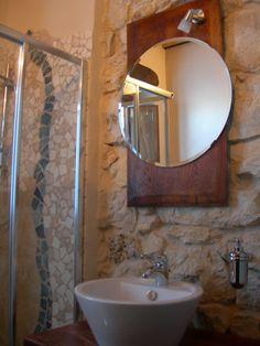 Bagno camera tripla Orione www.borgosanmartino.eu Mirror, Bathroom, Furniture, Home Decor, Self, Washroom, Decoration Home, Room Decor, Mirrors