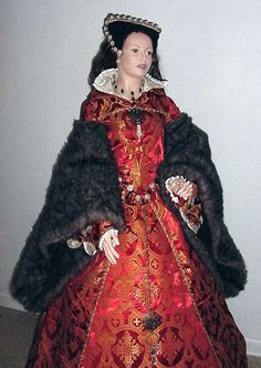 Renaissance Tudor Gowns Gown Dresses Dress Costumes Costume wedding Anne Boleyn wives of King Henry Tudor Dress, Medieval Dress, Mary Costume, Costume Dress, Queen Mary Tudor, Renaissance Gown, Tudor Fashion, Costumes Couture, Anne Boleyn