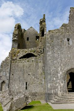 The Gothic Cathedral sans Roof—it was removed in 1749 by the Archbishop of Cashel. | Rock of Cashel | Ireland | Postcards from a Blonde