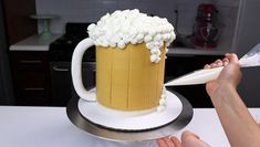 This beer mug cake is perfect for anyone who loves beer! This cake decorated to look like frosty mug of beer, and the recipe actually uses a bit of beer! 2nd Birthday Cake Boy, Beer Birthday Party, Beer Mug Cake, Beer Cakes, Cakes For Men, Cakes And More, Budweiser Cake, Mason Jar Cakes, Cake Design For Men