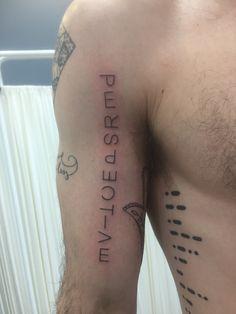 Tattoos for men Hand Tattoos, Body Art Tattoos, Sleeve Tattoos, Tatoos, Unique Tattoos For Men, Modern Tattoos, Bird Tattoo Wrist, Arm Band Tattoo, Neck Tattoo For Guys