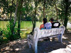 Un descanso frente al #rio #sil en #villamartindevaldeorras en el #caminodeinvierno #caminodesantiago #jakobsweg #stjamesway #theway #pilgerweg #pilgern  #iperegrinos  #pilgrims #caminosantiago #caminodesantiago #elcaminodesantiago #buencamino #pilgrimage #peregrina #peregrinacion #ultreia #peregrinos #peregrina #senderismo #trekking  #hiking  #viaje #travel #walking #wayofstjames