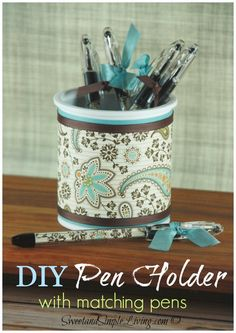 DIY Pen Holder Love to get crafty with upcycling? I sure do! This very customizable DIY Pen Holder looks wonderful on a desk and makes a terrific inexpensive gift. Read on and I'll give you all the measurements and a few tricks to make one yourself. Oh and you can make the pens match too! […]
