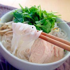 お昼ごはんは、ベトナムのお土産で貰ったフォーでした - 56件のもぐもぐ - フォーガー by kuisinboupig3