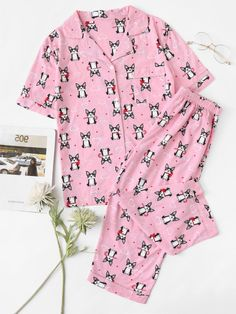 SheIn offers Dog Print Pajama Set & more to fit your fashionable needs. Pajamas For Teens, Girls Pajamas, Pajamas Women, Cute Pajama Sets, Cute Pjs, Cute Sleepwear, Girls Sleepwear, Sleepover Outfit, Parisian Chic Style