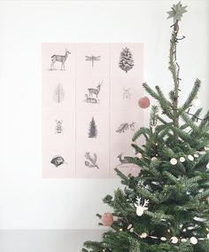 Make your home December ready and create your own IXXI with wonderful illustrations. It's beginning to look a lot like X-Mas!  #IXXI #ixxiyourworld #home #DIY #illustrations #walldecoration #wallart #interior #Christmas #pastel #XMas