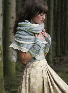 Beautiful Norwegian Design. The scarf looks so warm and pretty....