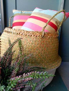 #mercadoloftstore #mls #umseisum #porto #almofada #pillow #store #decorstore #lojadedecoração #decoração #interior #montra #novasmontras #newproducts #producto #cesto #basket #plant #nature #colour #stripes @cortinasestofos