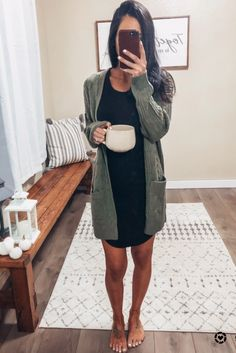 Winter Outfits 2019, Casual Winter Outfits, Dress Casual, Fall Work Outfits, Spring Outfits, Winter Trends, Petite Outfits, Petite Clothes, Minimalist Wardrobe