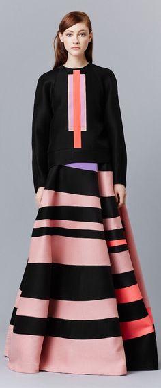 Roksanda Pre-Fall 2015 Fashion Show Modest Fashion, High Fashion, Fashion Show, Fashion Design, Fashion Week 2015, Fashion Trends, Fashion Images, Haute Couture Style, Runway Fashion