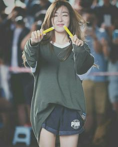 We miss you Tiffany!! FIGHTING