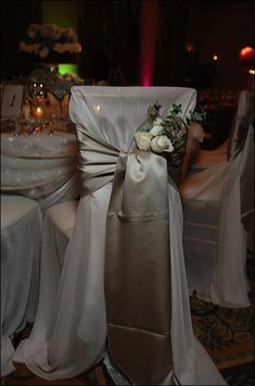 Elegant Wedding Table Decorations Chair Covers Linens and Centerpieces for Wedding Receptions