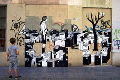 Se reanudan las rutas de Street Art por los barrios de Valencia - http://www.absolutvalencia.com/se-reanudan-las-rutas-de-street-art-por-los-barrios-de-valencia/