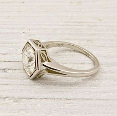 Look what I discovered -> Used Engagement Rings Website #collect