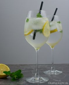 gin tonic mit minze getr nke pinterest gin minze. Black Bedroom Furniture Sets. Home Design Ideas