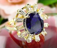 Purple Fine Amethyst 18K Yellow Gold Solitaire with accents Ring Size 8 USA #silvestromedia #SolitairewithAccents
