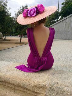 Ideas for style fashion elegant hats Look Fashion, Trendy Fashion, Fall Dresses, Evening Dresses, Fancy Hats, Wedding Hats, Dress Wedding, Elegant Outfit, Hats For Women