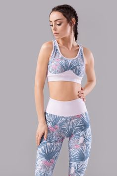 leggings workout gym running outfit sport top bra Sports Leggings, Workout Leggings, Bra Tops, Gym Workouts, Gym Shorts Womens, Running, Outfits, Fashion, Moda