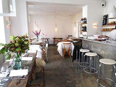 Lokal Berlijn: restaurant hotspot in Mitte | http://www.yourlittleblackbook.me/lokal-berlin/