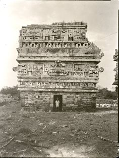 Alfred Maudslay (British, Photographs of Mayan Ruins before excavation, circa 1890 - Chichen Itza, Casa De Monjas (East and West) - Copan -. Mayan Ruins, Ancient Ruins, Ancient History, Aliens, Ancient Mysteries, Arte Popular, Ancient Civilizations, Mexico Travel, Monuments