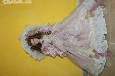 porcelanová panenka - obrázek číslo 1