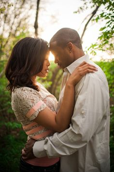 Magic Hour Engagement Portraits   Anna Smith Photography   Chic Styled Engagement Shoot with Vintage Details