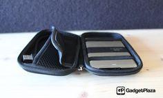 "Praktischer Schutz für mobile 2.5"" Festplatten http://gadgetplaza.ch/zubehoer/9398/cool-bananas-bulletproof-hardcover-schutzhulle"