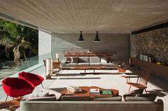 Paraty House in Brazil – Marcio Kogan