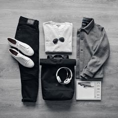 """5,386 Likes, 23 Comments - VoTrends® Outfit Ideas for Men (@votrends) on Instagram: """"Black and White all the way ⚫️⚪️ Remember to follow @votrends ✨ #votrends By @mrjunho3"""""""