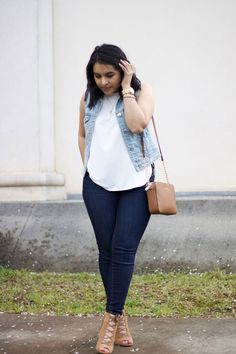 [:en]Casual chic outfit for spring with cognac details. Casual Chic Outfits, Classy Casual, Casual Chic Style, Curvy Outfits, Plus Size Outfits, Plus Size Fashion Blog, Curvy Fashion, Look Fashion, Fashion Outfits