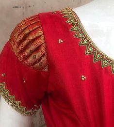 design colleges, jewelry sets for women rose gold, union tapestry dress, fashion band names , fashion show mall blouse models Pattu Saree Blouse Designs, Blouse Designs Silk, Designer Blouse Patterns, Pattern Blouses For Sarees, Blouse Back Neck Designs, Lehenga Blouse, Lehenga Choli, Simple Blouse Designs, Stylish Blouse Design