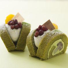 緑茶と黒豆餡のロールケーキ