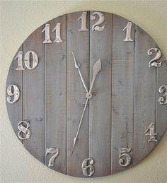 Ideas DIY para un reloj de pared Rustic Wall Clocks, Wood Clocks, Unique Wall Clocks, Rustic Walls, Wooden Walls, Wall Clock Online, Swedish Decor, Diy Clock, Clock Ideas