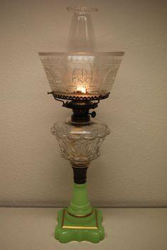 ANTIQUE SANDWICH GLASS OIL OLD PARLOR KEROSENE APPLE GREEN EAPG AMERICAN LAMP #VICTORIAN #BOSTONSANDWICHGLASS
