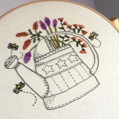 Embroidery classes. Beautifully embroidered by my student @margaretegrillo Lindamente bordado por @margaretegrillo. Simplesmente amei! Obrigada Marga! #embroidery #embroideryart #handmade #embroideryhoop #bordado #broderie #embroideryartist #love #handstitched #homedecor #handembroidery #crafts #handmade #freespirit #jundiaí #saopaulo #vilamariana #aulasdebordado #aulasdepatchwork