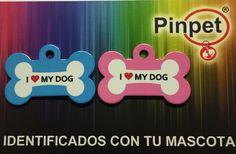 Placas para mascotas. Modelo hueso con diferente color de fondo.
