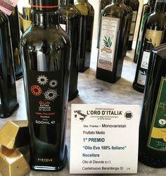 Vincitore del premio L'oro d'Italia è l'olio evo 100% italiano monovarietale ( Nocellara )  dell'azienda Dievole S.r.l. di Castelbuono Berardenga ( SI )