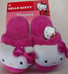 NEW SANRIO HELLO KITTY WOMEN'S SLIPPERS SCUFFS FACE SEQUINS BOW PINK L 9-10   eBay