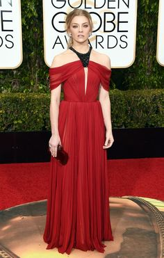 Golden Globe Awards 2016 - Natalie Dormer in J.Mendel | Natalie Dormer was beautiful in this J. Mendel dress that matches perfect with her wild image and gives her femininity. Draped skirt and pleated top with an embroidered neck, clutch by Judith Leiber, messy ponytail and a bad girl look, to complete the outfit and leave her signature.