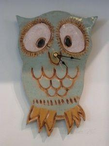 Cute vintage owl pottery clock...