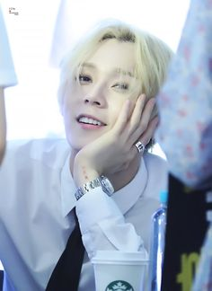 E'Dawn | Kim Hyo Jong | Pentagon | Triple H's photos – 36 albums | VK