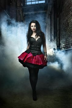 Amy Lee photo gallery - high quality pics of Amy Lee | ThePlace